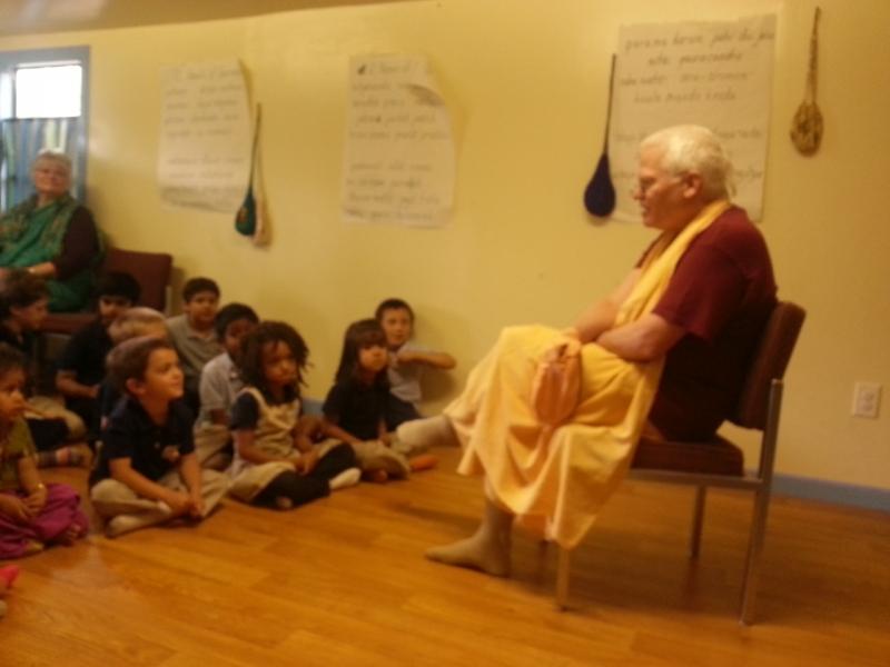 H.H Rtadhvaja Swami Visits